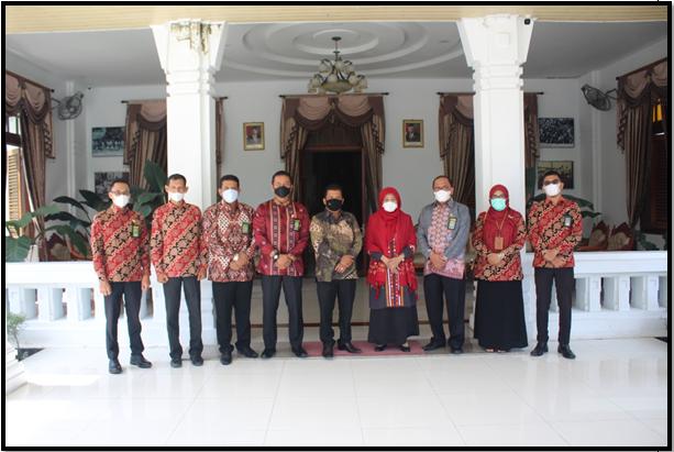 Silaturahmi Ketua Mahkamah Syar'iyah Aceh Beserta Para Pimpinan  Mahkamah Syar'iyah Langsa Dengan Walikota Langsa